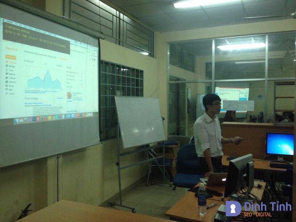 Giới thiệu về Blogger trong chương trình học thiết kế Website tại ĐH Bách Khoa
