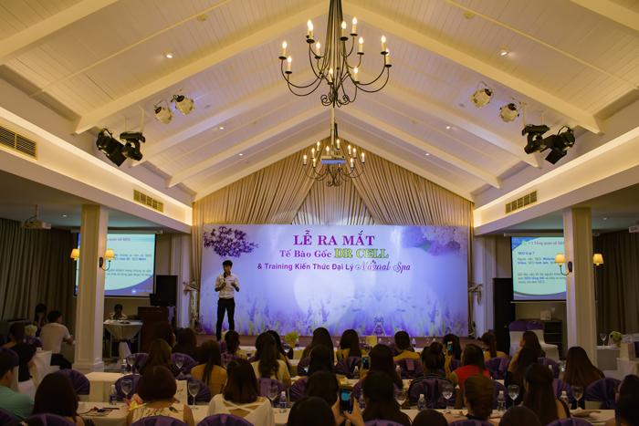 Chia sẻ SEo và Facebook Marketing tại sự kiện